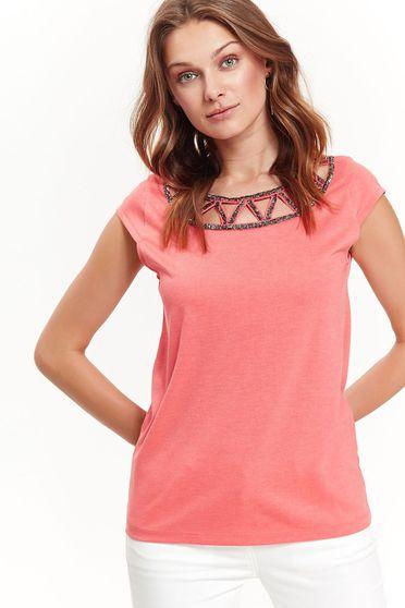 Bluza dama Top Secret roz casual cu croi larg din material neelastic cu decupaje in material