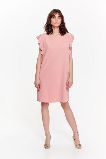 Rochie Top Secret rosa eleganta cu croi larg din material usor elastic cu umeri decupati cu volanase