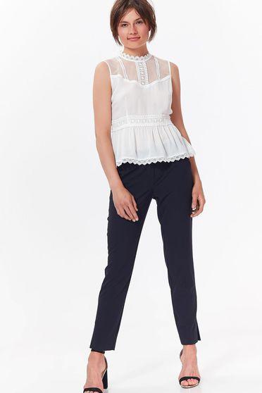 Bluza dama Top Secret alba casual din material vaporos si transparent cu aplicatii de dantela