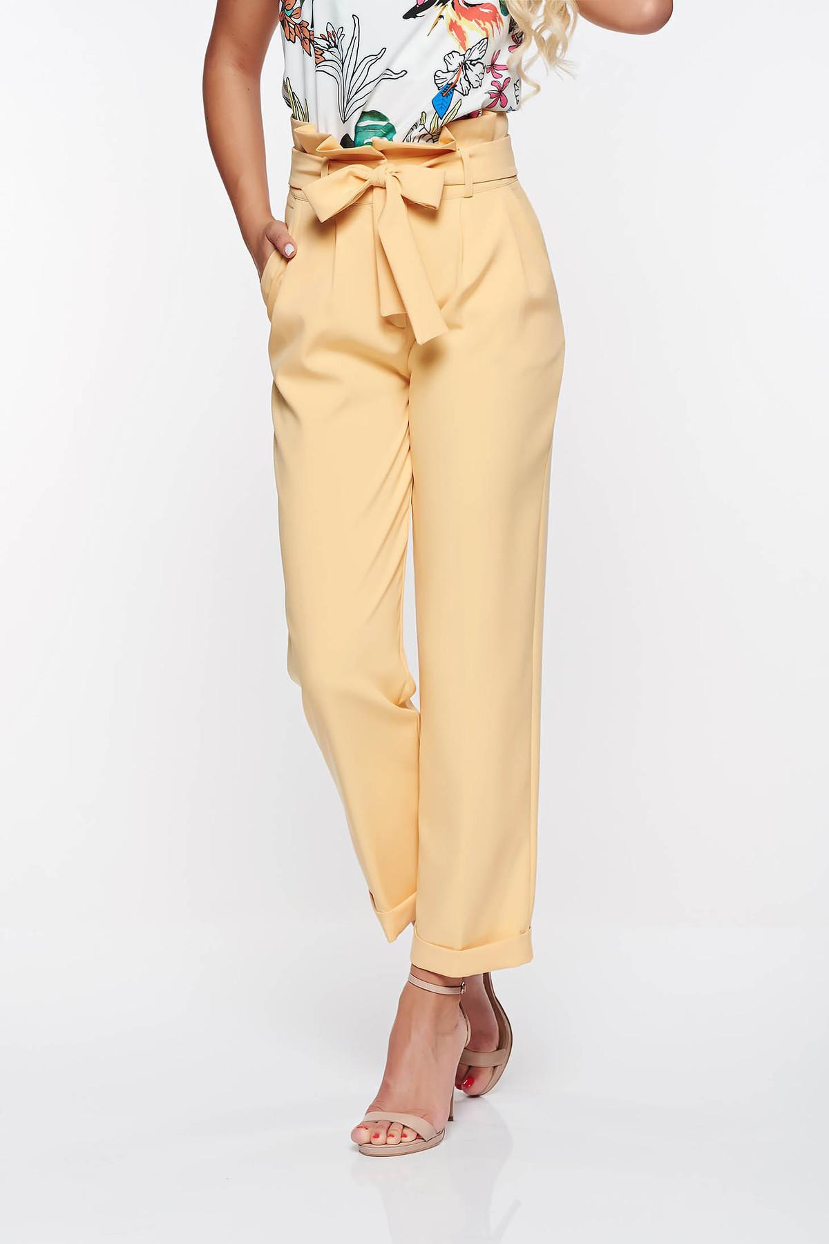 Pantaloni PrettyGirl galbeni office cu talie inalta din stofa usor elastica cu buzunare