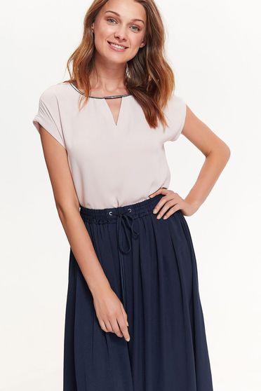 Bluza dama Top Secret rosa eleganta cu croi larg din material fin la atingere cu maneci scurte
