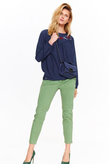 Bluza dama Top Secret albastra-inchis office brodata din material neelastic cu croi larg