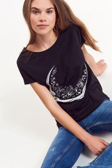 Tricou Top Secret negru casual cu croi larg din bumbac cu print