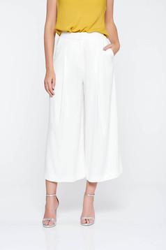 Pantaloni albi eleganti evazati cu talie inalta din material vaporos cu buzunare