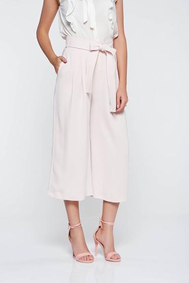 Pantaloni rosa eleganti cu talie inalta din material vaporos cu buzunare accesorizati cu cordon