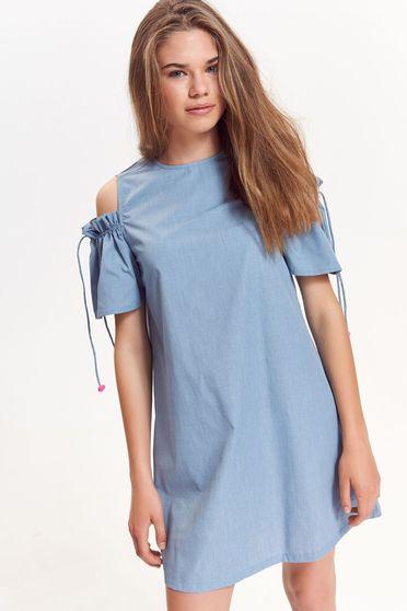 Rochie Top Secret albastra casual cu croi larg din material neelastic cu umeri decupati