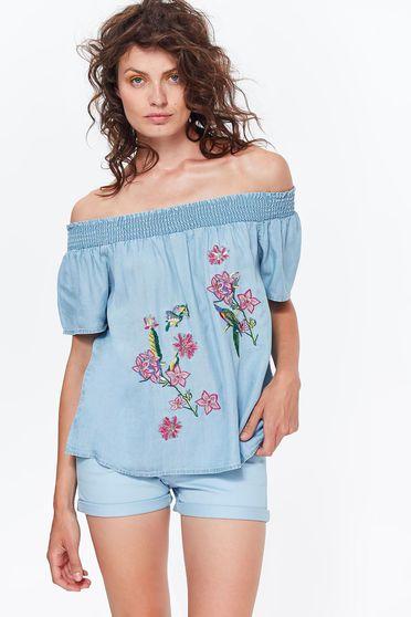 Bluza dama Top Secret albastra casual brodata cu croi larg din denim cu umeri goi