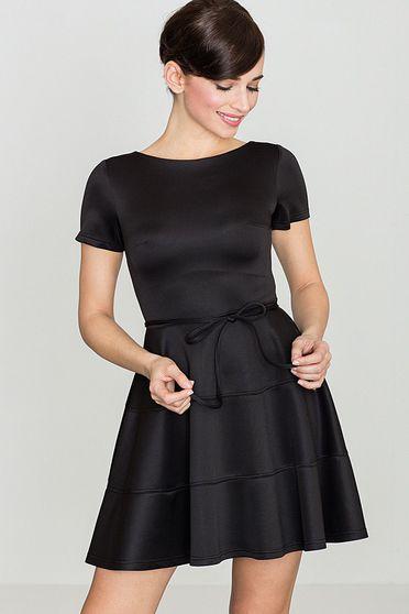 Rochie Lenitif neagra eleganta in clos din material usor elastic accesorizata cu cordon