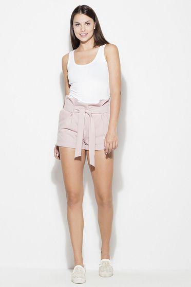 Pantalon scurt Katrus roz casual cu talie inalta material subtire cu buzunare in fata accesorizat cu cordon