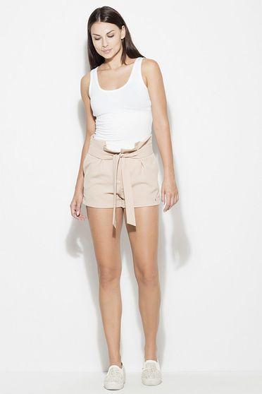 Pantalon scurt Katrus nude casual cu talie inalta material subtire cu buzunare in fata accesorizat cu cordon