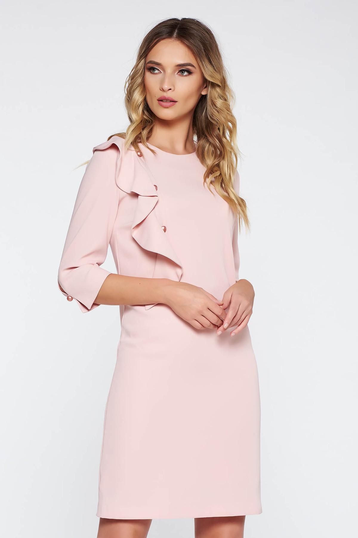 Rochie rosa eleganta cu maneca 3/4 cu croi larg captusita pe interior cu volanase