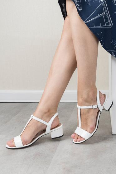 Sandale albe office din piele naturala cu toc gros si barete subtiri