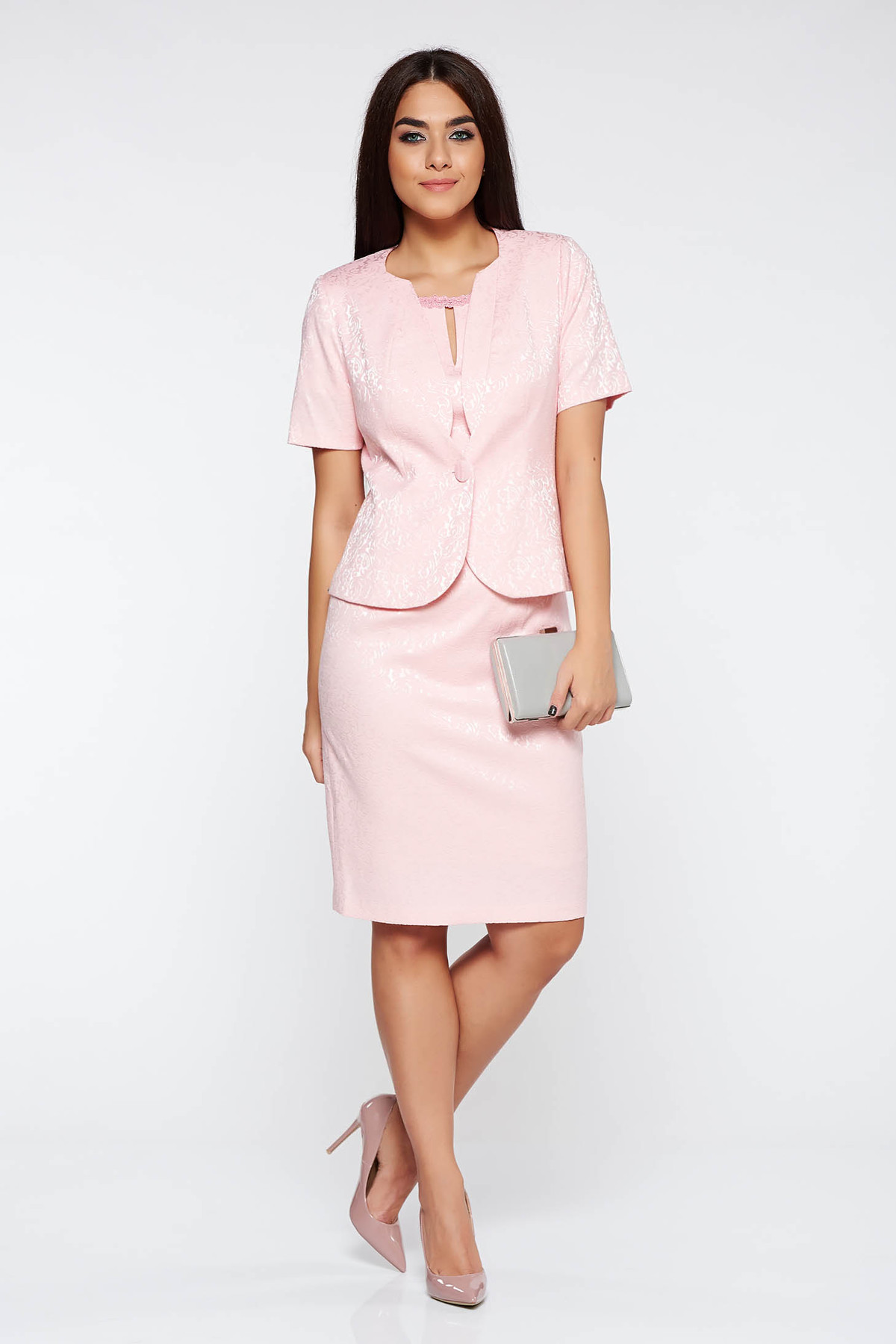 Costum damă rosa elegant cu un croi mulat din jaquard thumbnail