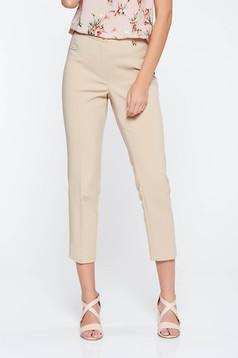 Pantaloni crem office cu talie medie din stofa usor elastica cu un croi mulat