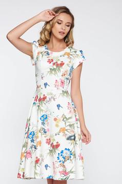 Rochie alba eleganta in clos din material subtire usor elastic cu imprimeuri florale