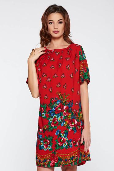 Rochie rosie eleganta cu croi larg cu imprimeuri florale material subtire
