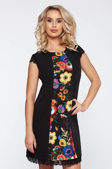 Rochie neagra eleganta cu croi in a cu imprimeuri florale din stofa usor elastica cu aplicatii de dantela