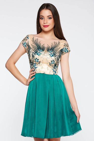 Rochie verde de ocazie in clos din dantela