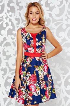 Rochie albastra-inchis casual in clos material subtire cu imprimeuri florale