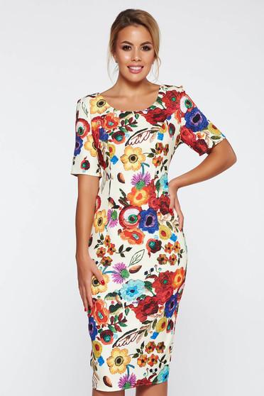 Rochie crem eleganta tip creion cu imprimeuri florale din material usor elastic