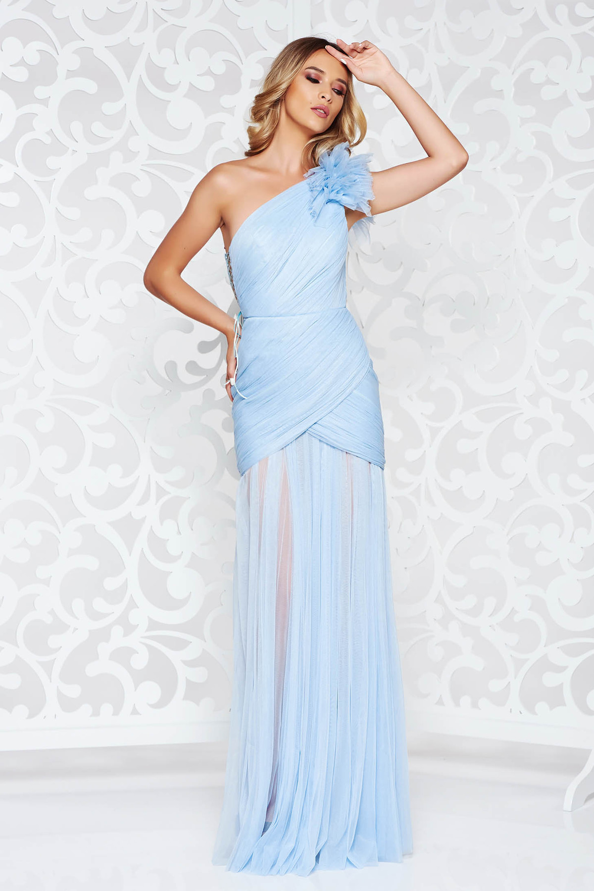 Rochie Ana Radu albastra-deschis de lux tip corset din tul captusita pe interior pe umar
