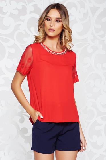 Bluza dama StarShinerS rosie eleganta cu croi larg din voal cu maneci din dantela si aplicatii cusute manual