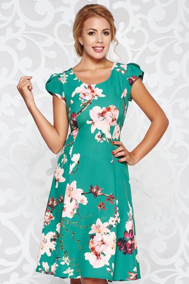 Rochie verde eleganta in clos din stofa subtire usor elastica cu imprimeuri florale