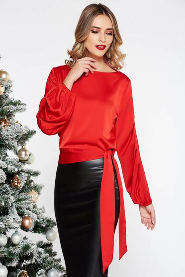 Bluza dama rosie eleganta cu croi larg cu maneca lunga din material satinat