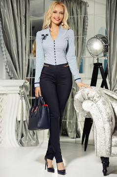 Pantaloni Fofy albastri-inchis office conici din bumbac usor elastic cu talie medie si buzunare