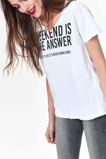 Tricou Top Secret alb casual cu croi larg din bumbac neelastic cu print cu mesaje