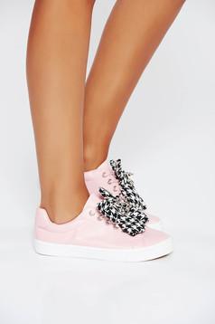 Pantofi sport roz casual din piele ecologica cu talpa usoara si cu siret