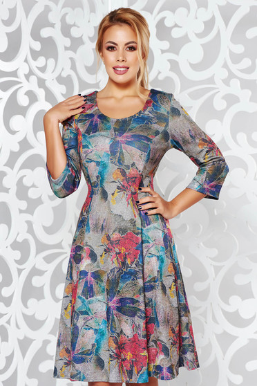 Rochie gri de zi midi in clos din material moale tricotata cu maneci trei-sferturi