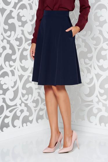 Fusta albastra-inchis StarShinerS eleganta in clos cu talie inalta din stofa usor elastica