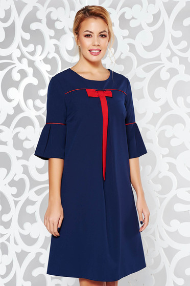 Rochie albastra-inchis office cu croi larg din stofa subtire usor elastica cu maneci clopot