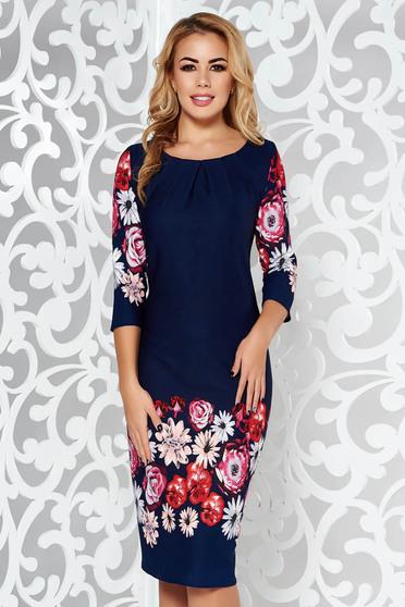 Rochie albastra-inchis de zi midi cu un croi mulat din material elastic cu maneci trei-sferturi