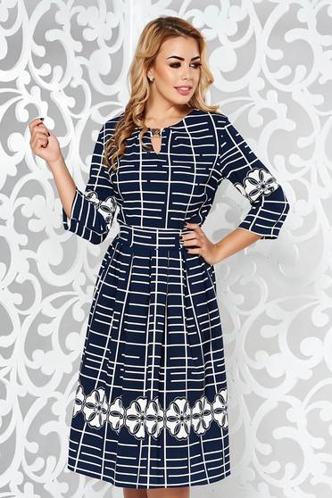 Rochie albastra-inchis office midi in clos din material elastic accesorizata cu cordon