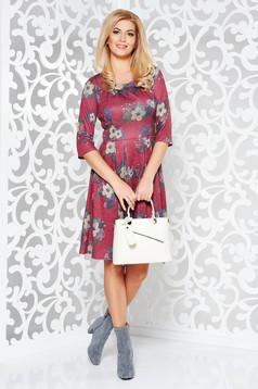 Rochie visinie de zi in clos din material tricotat cu imprimeuri florale