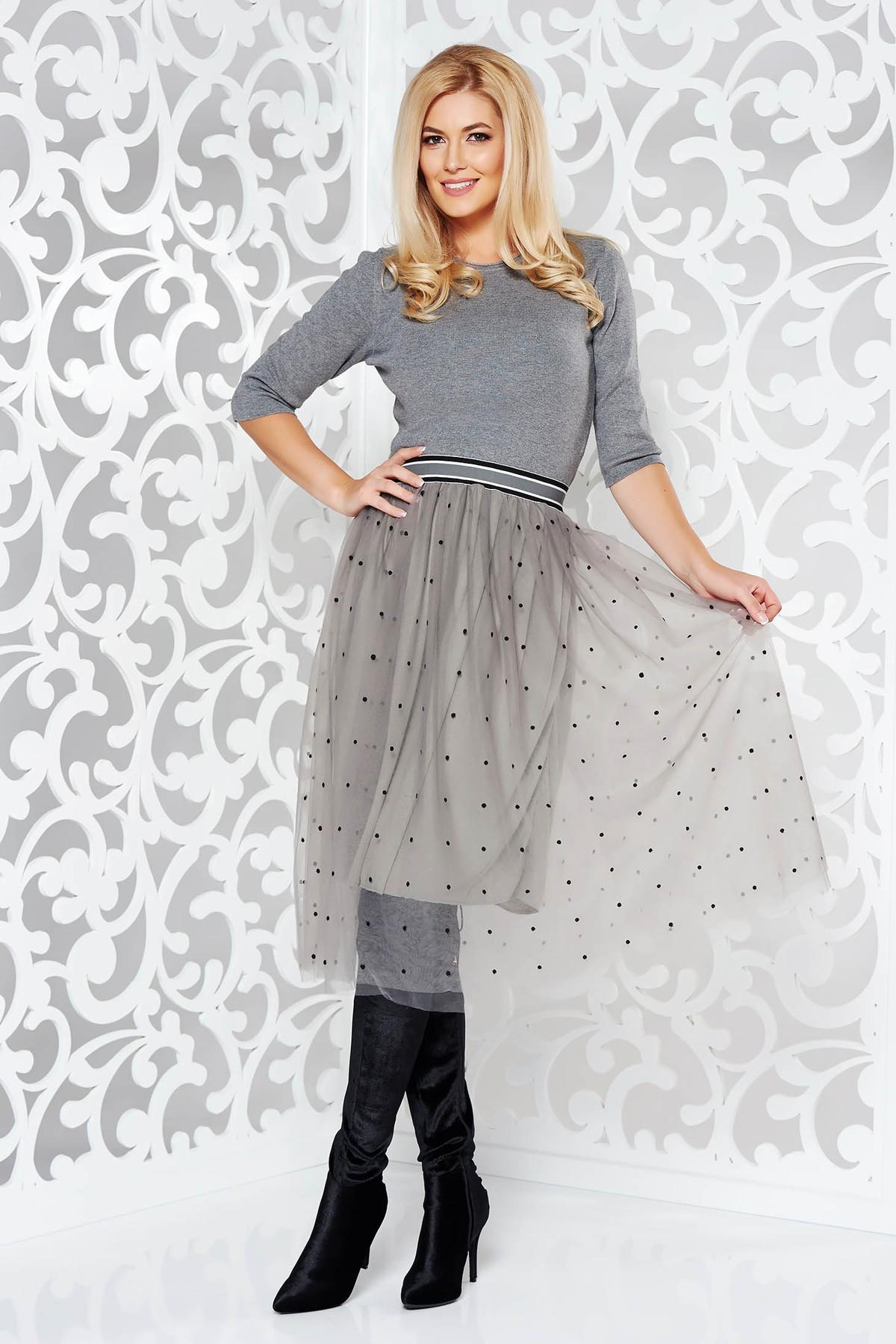 Rochiegri StarShinerS de zi in clos din material tricotat cu tul cu elastic in talie