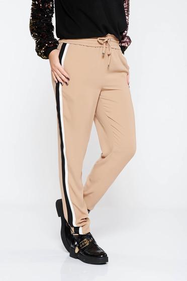 Pantaloni crem casual cu talie medie cu elastic in talie material subtire