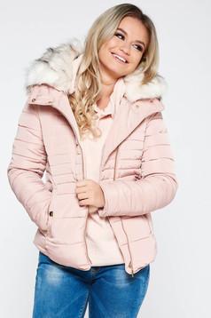 Geaca roz deschis casual din fas imblanita cu guler din blana