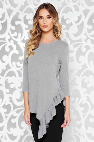 Bluza dama StarShinerS gri casual asimetrica cu croi larg din material tricotat cu volanase