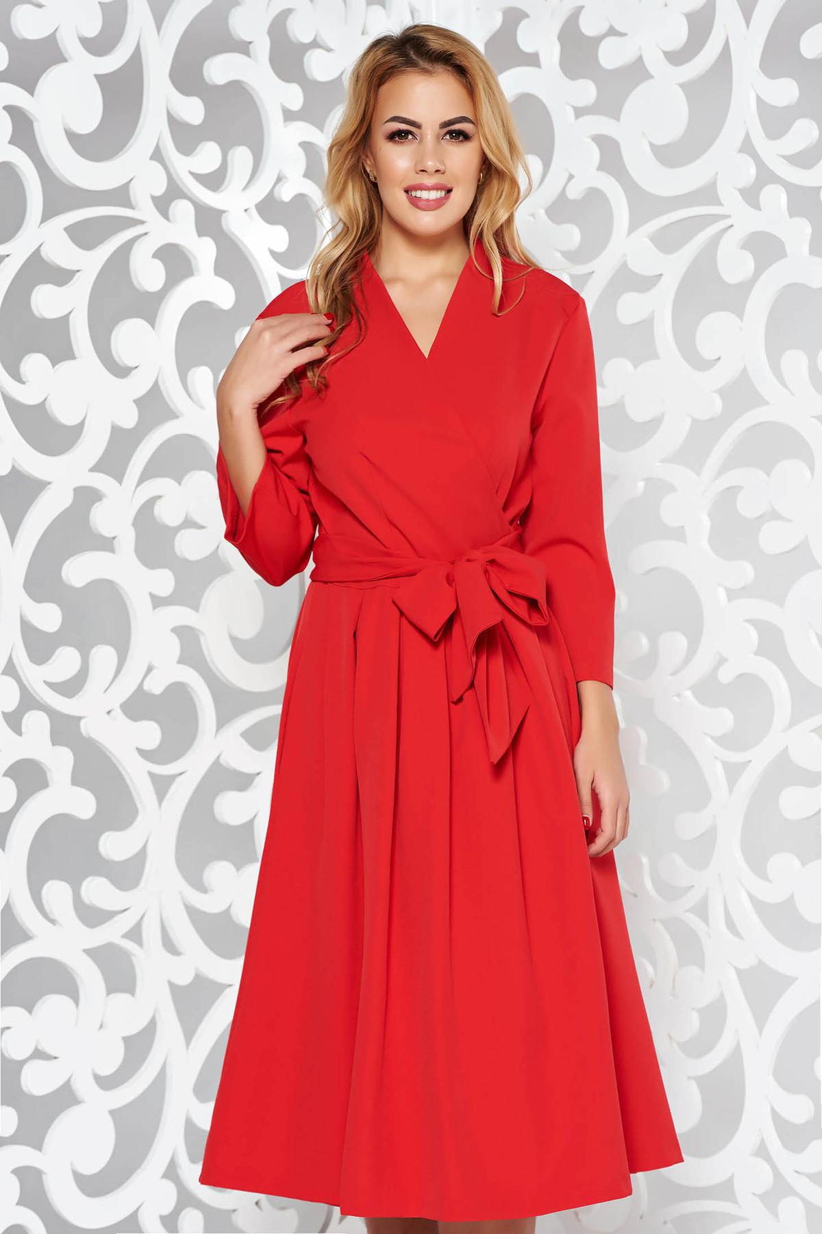 Rochie rosie eleganta midi in clos din bumbac neelastic cu decolteu in v
