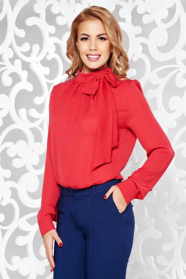 Bluza dama PrettyGirl rosie office cu croi larg din material neelastic cu guler tip esarfa