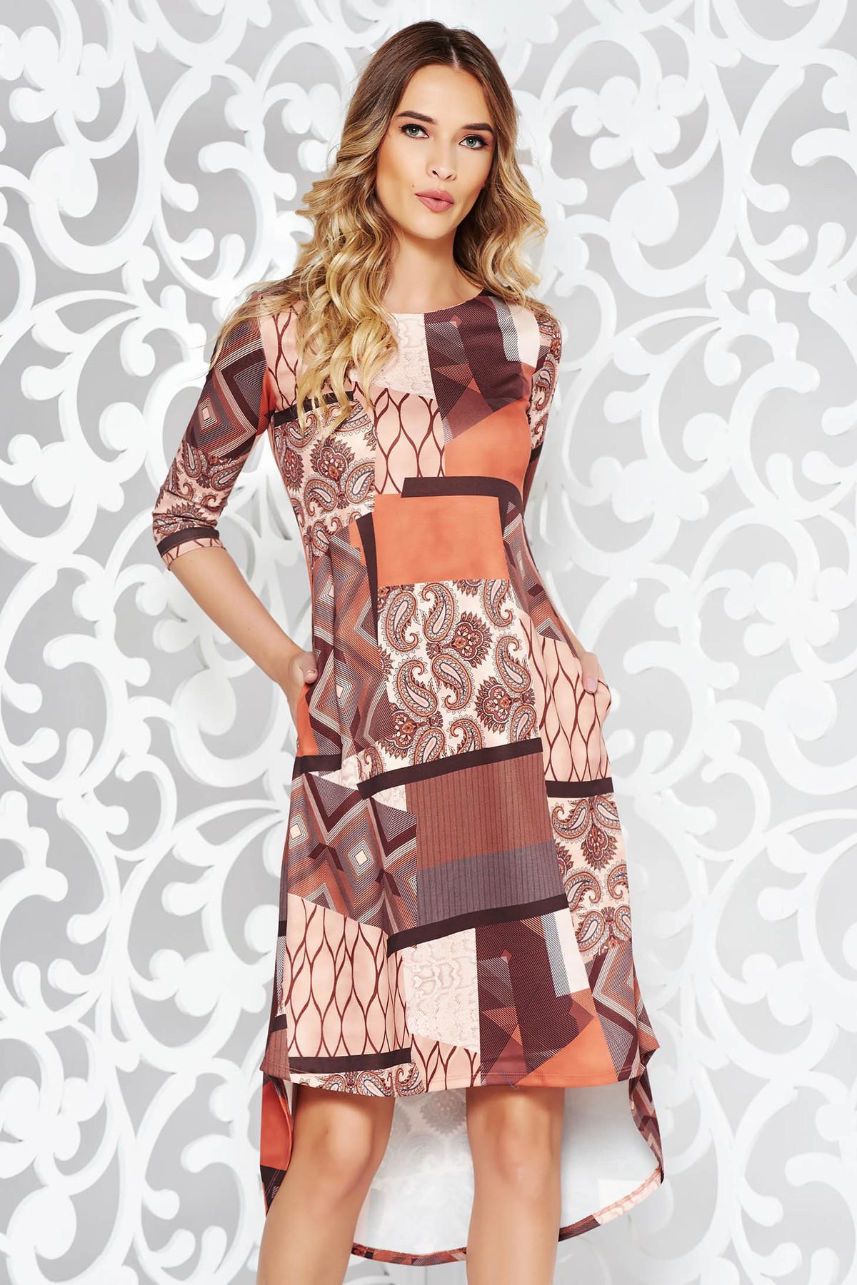 Rochie maro casual asimetrica cu croi larg din material usor elastic cu buzunare