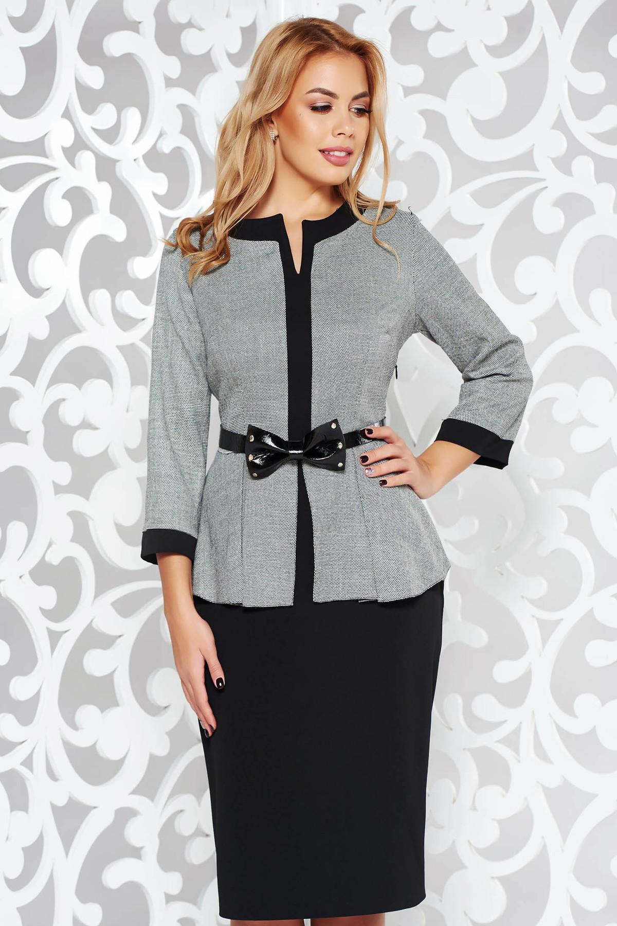 Rochie neagra office tip creion din stofa subtire usor elastica cu peplum accesorizata cu cordon