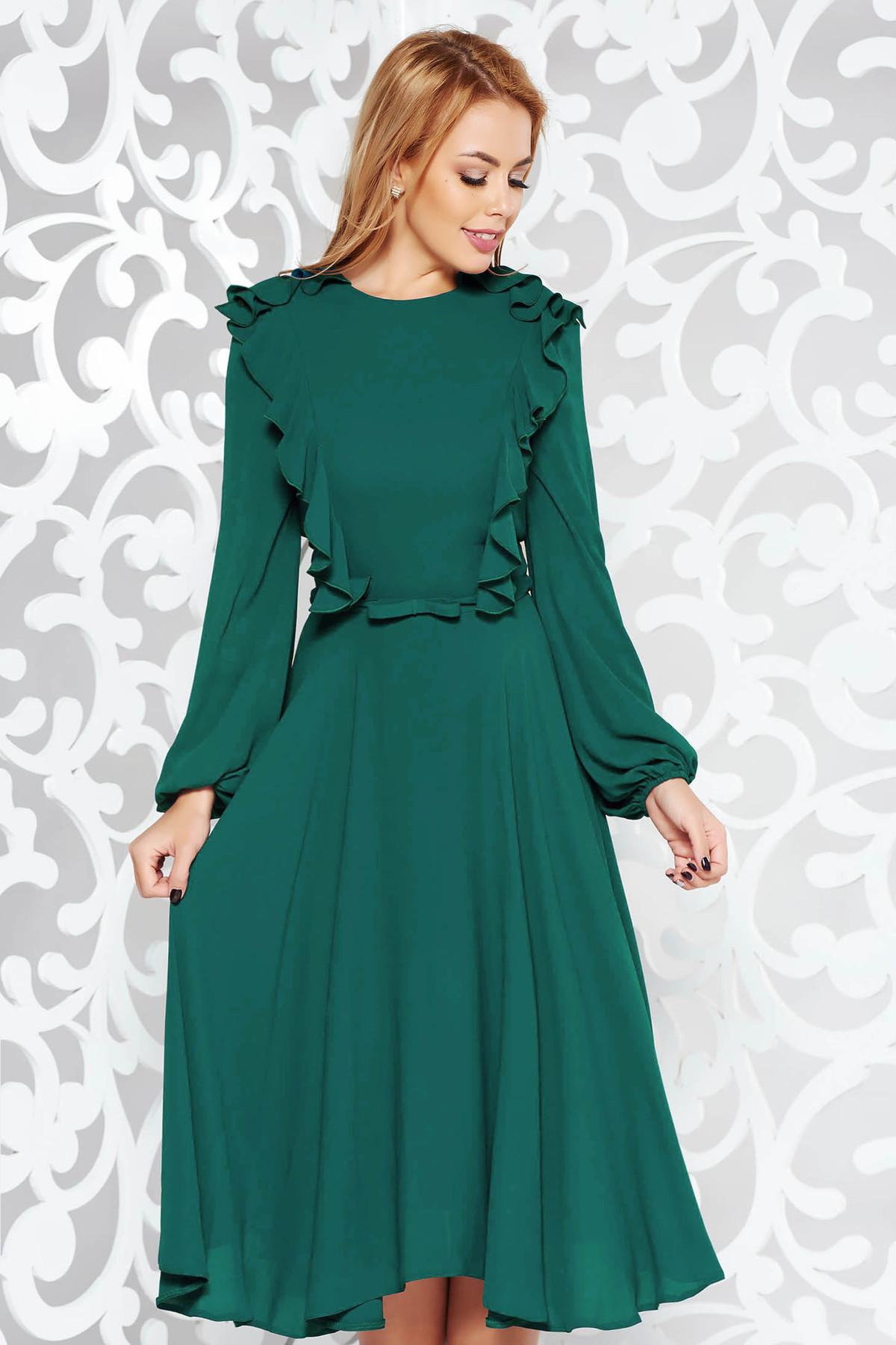 Rochie verde eleganta midi in clos din voal captusita pe interior accesorizata cu cordon