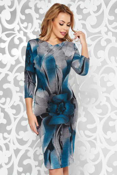 Rochie StarShinerS turcoaz de zi cu un croi mulat din material tricotat cu maneci trei-sferturi