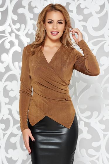 Bluza dama StarShinerS maro de ocazie cu un croi mulat din material elastic cu decolteu in v