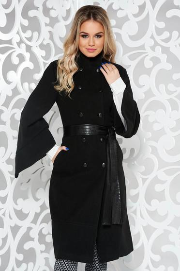 Palton PrettyGirl negru cu un croi cambrat din stofa captusit pe interior cu buzunare accesorizat cu cordon
