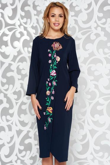 Rochie albastra-inchis eleganta cu croi larg din stofa usor elastica cu insertii de broderie